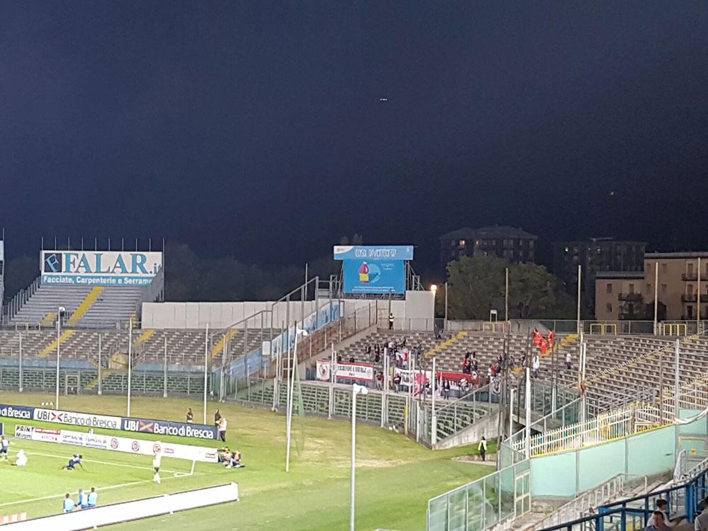 I tifosi del Carpi a Brescia