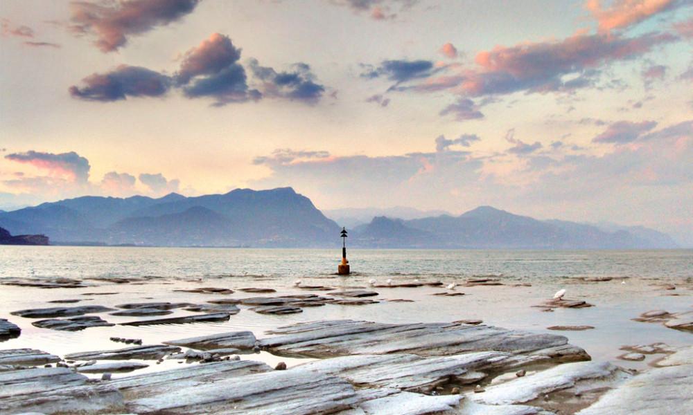 Sirmione: spiaggia Giamaica - Foto: Giovanni Pizzocolo